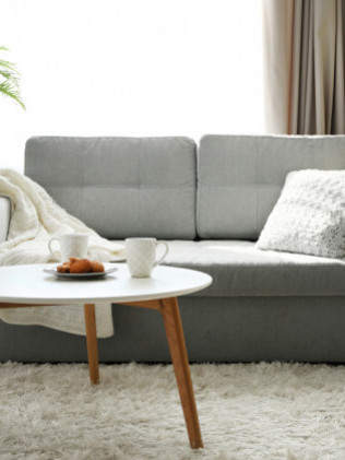 Sofas, Sectionals & Recliners